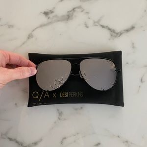 QUAY Desi Perkins High Key Black Smoke sunglasses